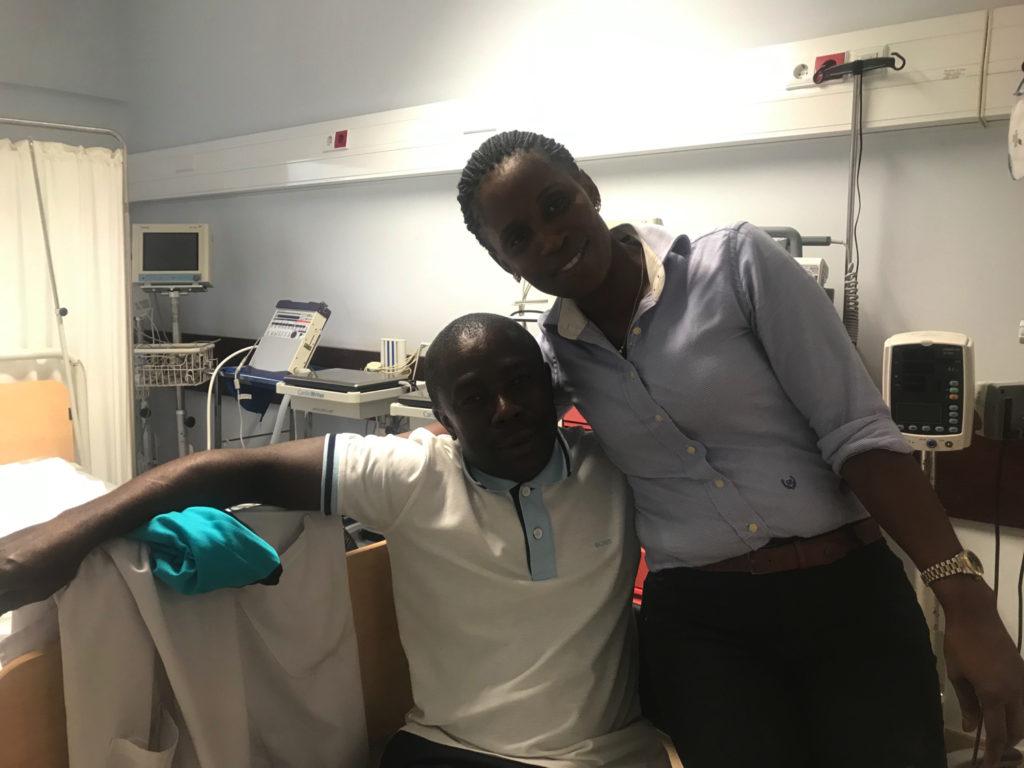 マラリア治療に当たってくれた医師と看護婦