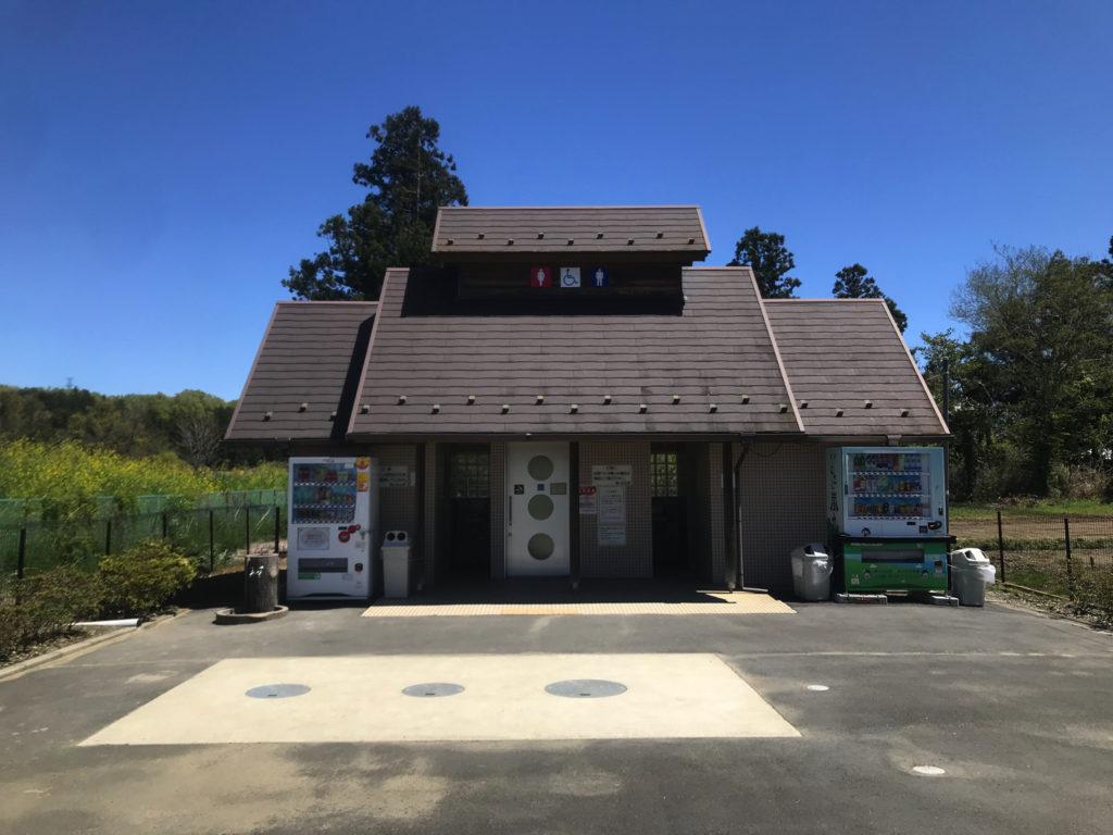 学校橋河原トイレ