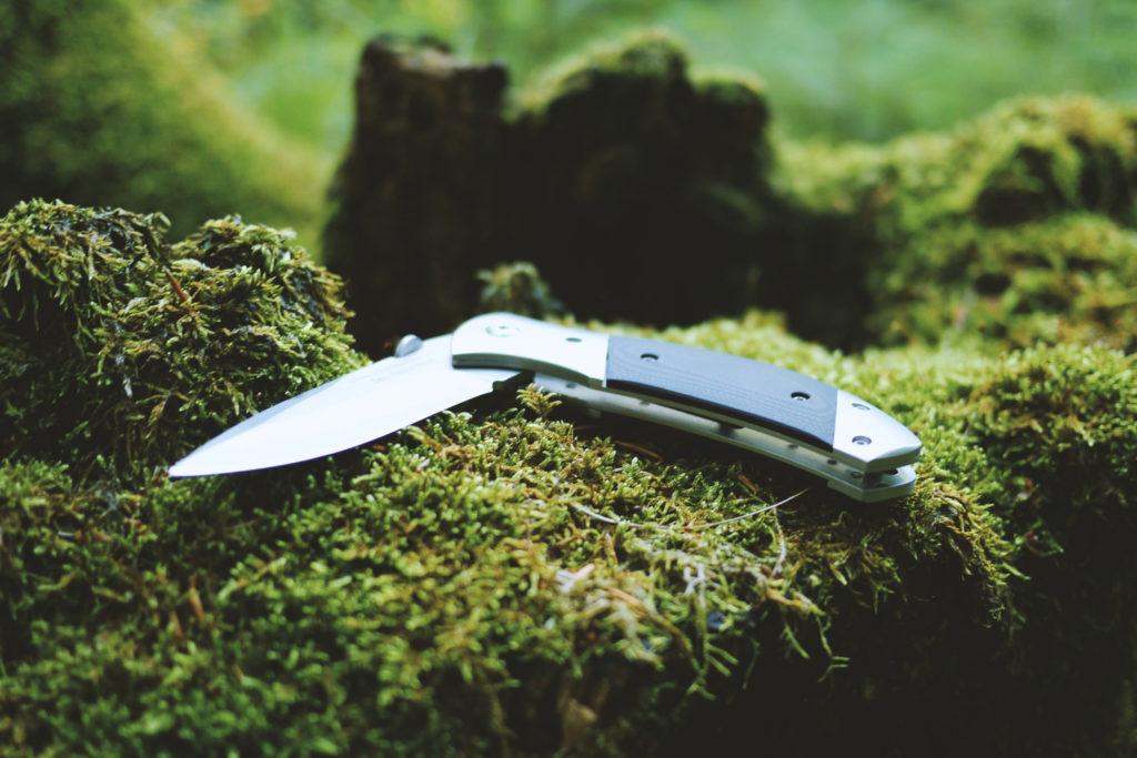 ブッシュクラフトを始めようナイフ編
